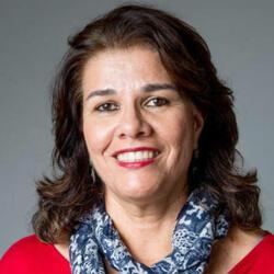 Flávia Goulart Roza